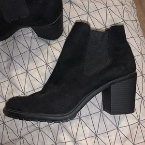 Merona Shoes - Black ankle boots